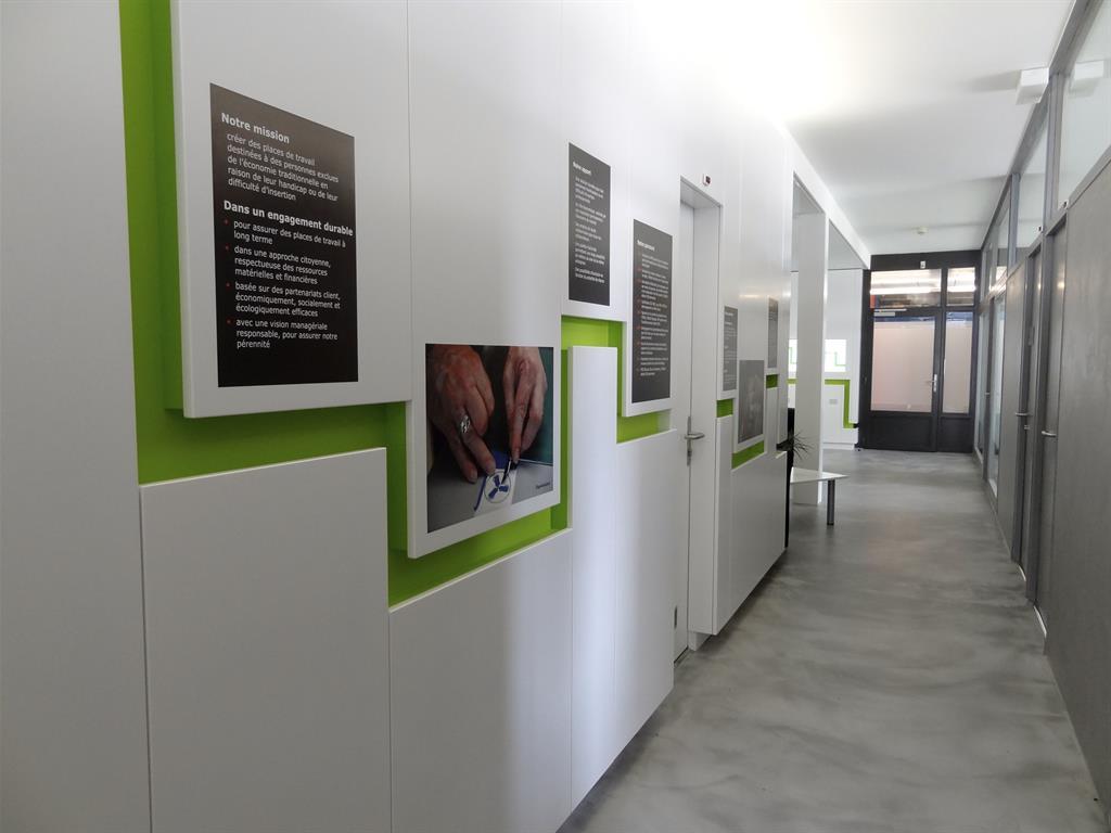 hall d 39 accueil lo c muriel photo n 25 domozoom. Black Bedroom Furniture Sets. Home Design Ideas