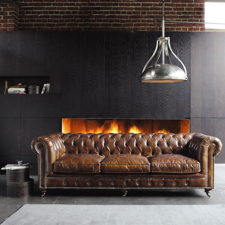 Canapé capitonné vintage 4 places en cuir marron Chesterfield