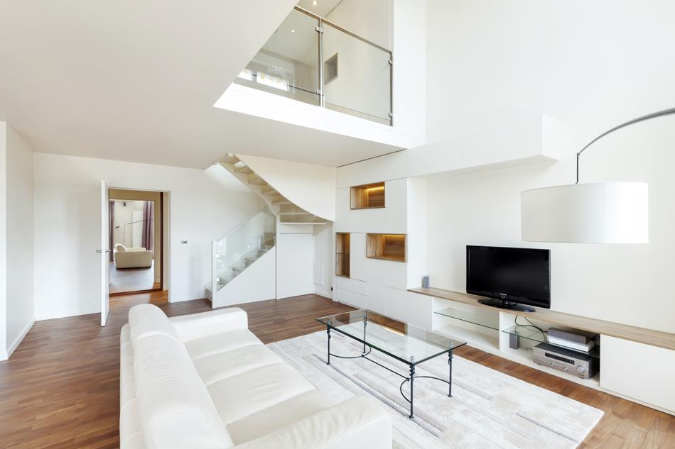 L architecte d int rieur a su r pondre efficacement aux for Interieur maison design contemporain