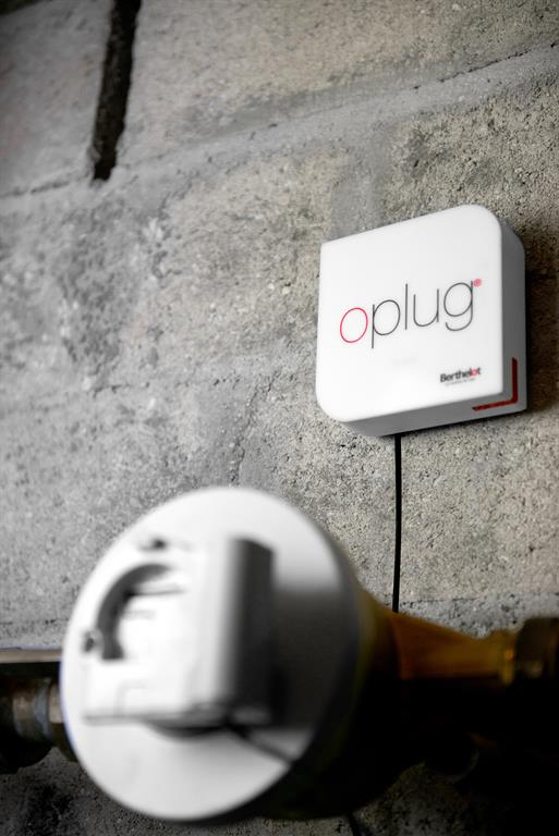 Oplug®