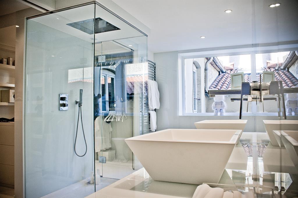 Baignoires îlots : où installer sa baignoire ? par Marion Arnoud ...