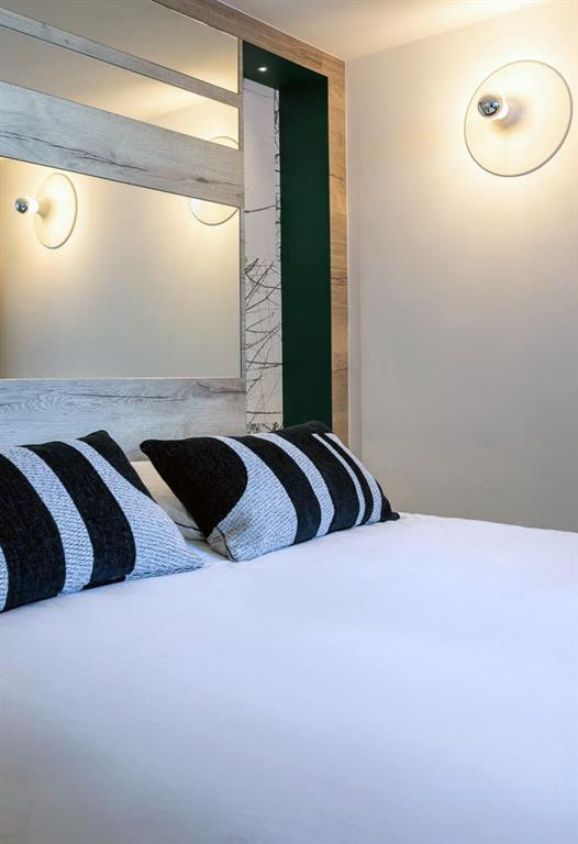 Image Rénovation complète d'un châlet - Architecture intérieure - Agencement - Aménagement - Chambre