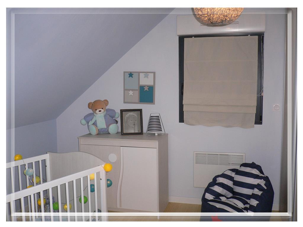 une chambre de b b sonia home d co photo n 46 domozoom. Black Bedroom Furniture Sets. Home Design Ideas