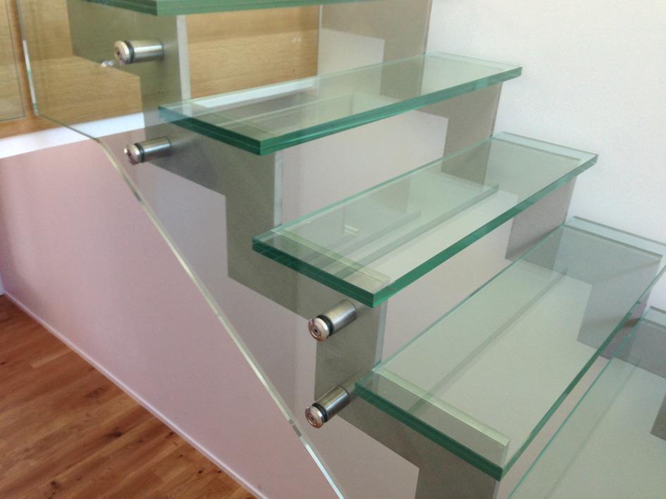 Escalier ajour avec marches en verre eric papon photo n 49 - Marche escalier en verre ...