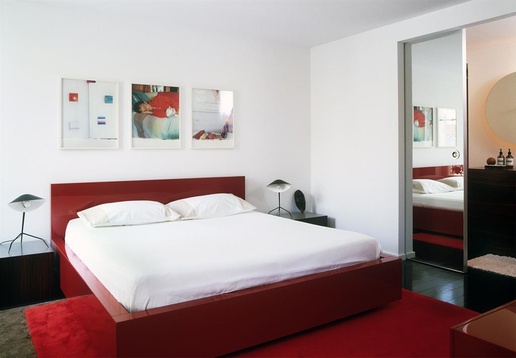 Chambre Blanche Et Lit Rouge Agence Buttazzoni Associ S