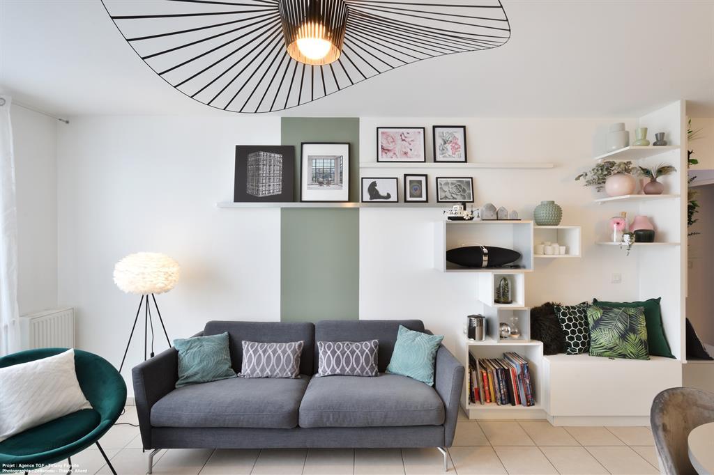 Salon aménagé et décoré par l'agence TGF de Tiffany Fayolle décoratrice