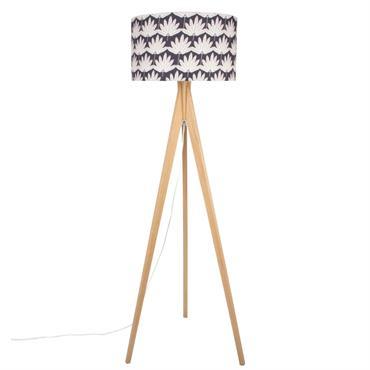 Lampadaire trépied en chêne et abat-jour motifs graphiques H150
