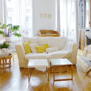 L'agencement atypique de ce loft de 45 m² lui donne tout son caractère. Cet appartement traversant est tout ouvert. La ... Domozoom