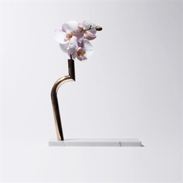 La Designerbox #15 : 'Jin Shi', le vase bi-matière imaginé par Design MVW pour Designerbox. Disponible ici : http://bit.ly/1BihGgu  Domozoom