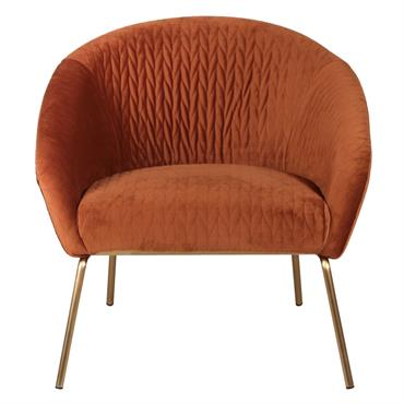 Voilà un fauteuil en velours capitonné qui ne manque pas de modernité. On aime le piquage du velours si particulier de ce fauteuil qui lui donne des allures ultra chics. ...