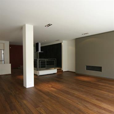 Transformation et aménagement d'un loft à Bruxelles  Domozoom