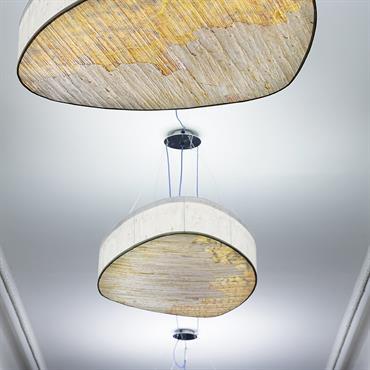 TERRA INCOGNITA Une structure métallique simple et légère qui met en valeur un visuel abstrait qui s'accorde avec les intérieurs classiques ... Domozoom