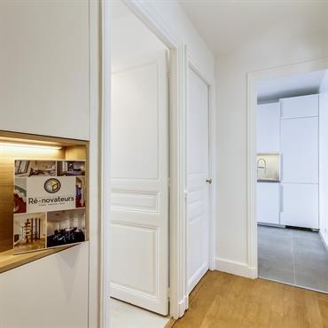 Pour cet appartement, nous avons présenté à notre client plusieurs projets d'agencement : appartement avec deux chambres, cuisine ouverte...  L'idée retenue ... Domozoom