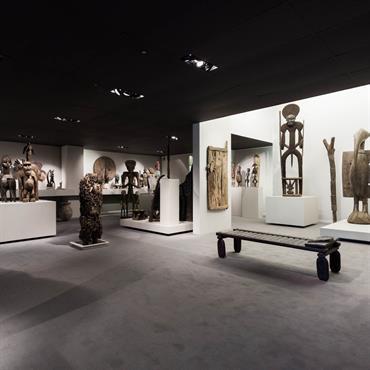 Conception et réalisation d'une galerie d'art africain  Domozoom
