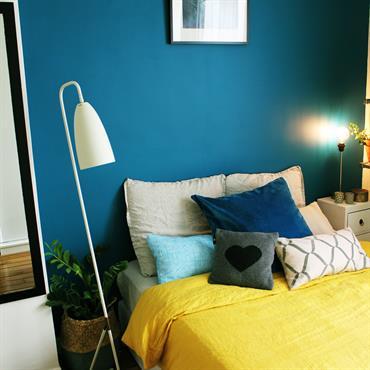 Avec le projet de mettre en vente leur appartement, nos clients désiraient créer un cocon tendance & lumineux en attendant ... Domozoom