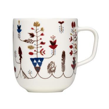 Mug Iittala design Blanc,Multicolore en Céramique. Dimensions : Ø 8,5 x H 9,5 cm - Contenance : 36 cl. Les motifs qui habillent les différents éléments (assiettes, mugs, bols…) de ...