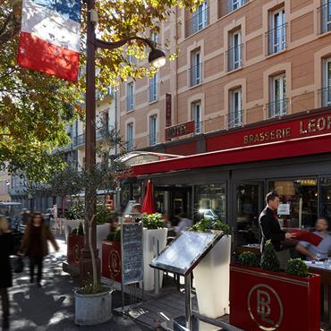 Bacs Image'In Personnalisés aux couleur et Logo de la Brasserie Léopold - Aix-en-Provence Format IRF Image'In Rectangle Fin - Pour un ... Domozoom