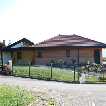 Maison de plein pied dominant le lac du Bourget  Domozoom