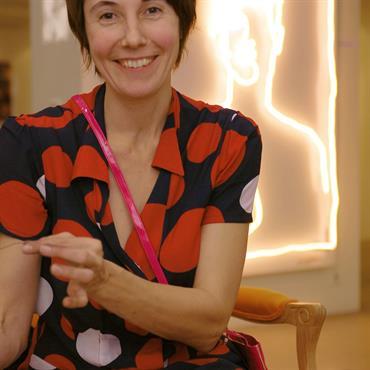 Artiste et designer, sculptrice et décoratrice, Julie Gauthron a plusieurs cordes à son arc avec lesquelles elle aime à créer ... Domozoom