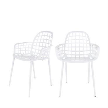 Vendues par lot de 2, les chaises Albert Kuip sont l'allié design de votre décoration d'extérieur. Leur assise géométrique et ergonomique ajoute une pointe d'originalité à votre jardin. On osele ...