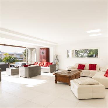 Rénovation  d'une villa néo provençale de 300 m2, des années 80', sur les Hauteurs de Nice, quartier de Fabron ... Domozoom