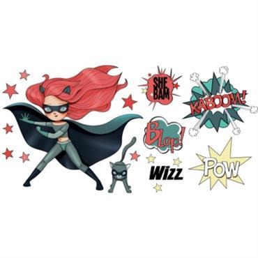 Les enfants adorent l´univers des Super Héros ! Avec ces beaux stickers Red and Cat enlevables, ils pourront décorer leur chambre et créer leurs propres histoires héroïques... Le stickers est ...