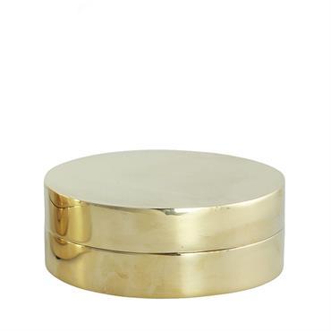Cette jolie boite en laiton avec son couvercle sera idéale pour ranger vos bijoux et autres petits objets. Elle mettra en valeur votre intérieur avec son coté brillant et luxueux ...