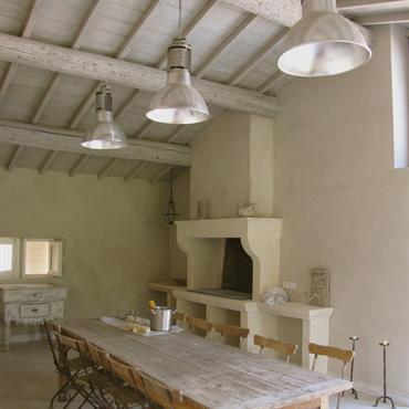 Restauration d'un mas de campagne + extension avec pool house (13)  Domozoom