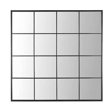 Donnez l'illusion d'une pièce lumineuse et agrandie avec le miroir fenêtre en métal noir 122x122 BECKETT ! Composé de 16 encadrements, ce trompe-l'œil authentique et original trouvera parfaitement sa place ...