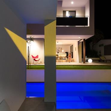 Maison de Ville contemporaine   Domozoom