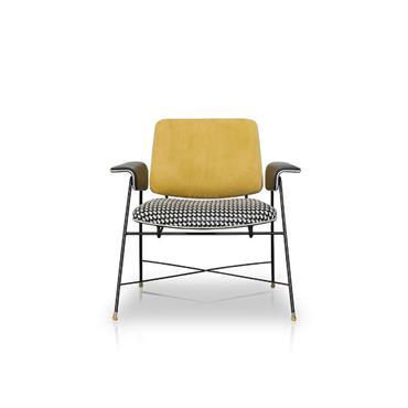 Découvrez une sélection de nos fauteuils tous disponibles à notre showroom dans le 6ème arrondissement !  Domozoom