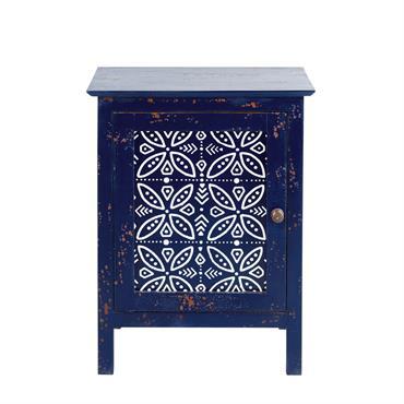 Adoptez la tendance ethnique chic dans votre déco grâce à la table de chevet SHIBORI . Originale grâce à sa fabrication en manguier massif bleu à l'effet vieilli, elle est ...