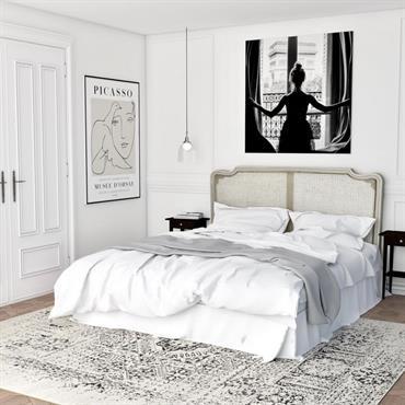 Des notes poudrées, beiges, grises, lin...  Des matériaux naturels : bois, rotin, satin...  Cette chambre offre une ambiance reposante avec un grand ... Domozoom