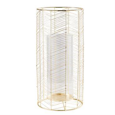 Illuminez votre salon avec style grâce à la lanterne en fil de métal doré et verre IZIA . Du haut de ses 55 cm, elle égayera votre pièce de vie ...