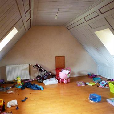 Aménagement de combles pour création d'une chambre   Domozoom