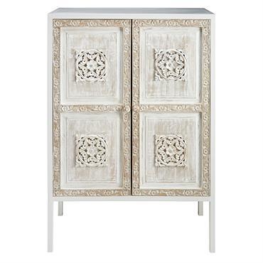 ETHNIQUE CHIC Laissez le style exotique s'emparer de votre intérieur avec le buffet haut 2 portes en manguier et métal MAMBOK. UNIQUE Le charme de l'ethnique et le design moderne ...