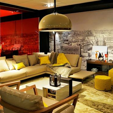 Saviez-vous que l'éclairage d'un salon est essentiel à son confort ... mais aussi à son esthétique ? Loin d'être annexe, ... Domozoom