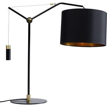 Cette lampe design noir offre un petit plus pratique : le bras de l'abat-jour est réglable en hauteur. Il propose un mélange de matériaux avec un abat-jour rond, un pied ...