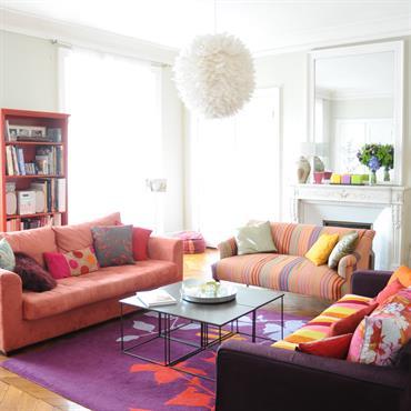 Des couleurs et du peps pour cet appartement au coeur de Paris  Domozoom