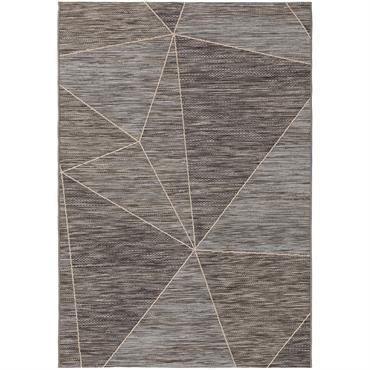 ARENA combine l'aspect estival et naturel d'un tapis en fibres naturelles avec la polyvalence d'un tapis d'extérieur. Cet accessoire de sol élégant de benuta PLUS brille avant tout par son ...