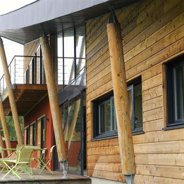 Le système de construction à ossature est le système le plus répandu sur le marché de la construction en bois. ... Domozoom
