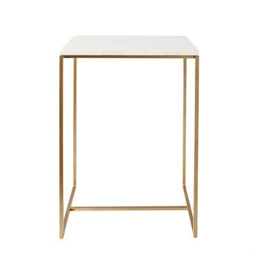 Vous ne pourrez pas résister longtemps au bout de canapé en marbre blanc et métal doré VENICE . Son look inspiré d'un vintage des années 50/70 ne manquera pas d'apporter ...