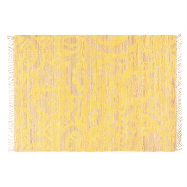 Reconnus pour leurs vertus anti-morosité, les motifs floraux font leur grand retour dans nos intérieurs ! Décliné en jaune moutarde, le tapis en jute et coton 160x230 LUKILA apportera chaleur ...