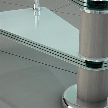 Pilier central d'escalier en colimaçon en métal et verre