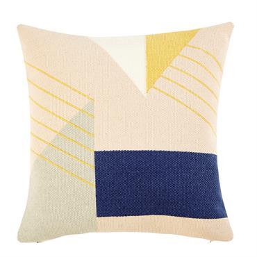 Avec son design épuré et ses motifs graphiques, le coussin en coton 45x45 TERRAZZO a tout ce qu'il faut pour investir un salon contemporain. Grâce à sa housse en coton ...