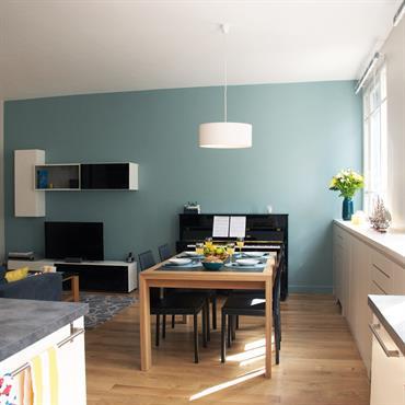Plutôt que de déménager, cette famille a fait le choix de restructurer son appartement qui devient un 5 pièces  Domozoom