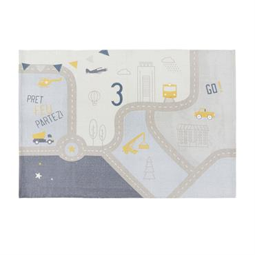 Avec le tapis de voiture en coton 120x180 PETIT BOLIDE , la chambre de votre bambin se transforme en véritable terrain de jeux ! Avec ses couleurs douces et son ...