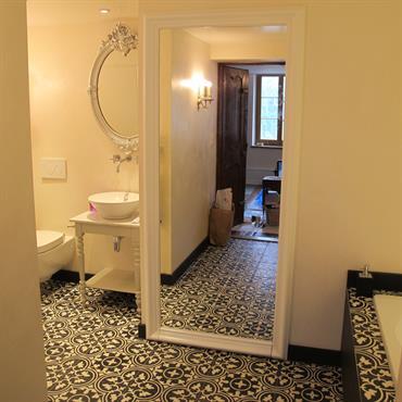 Rénovation d'une chambre d'hôte avec salle d'eau  Domozoom