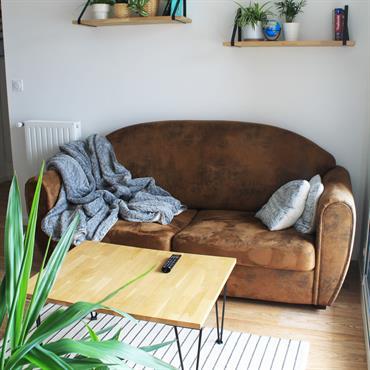 Aménagement et conseil couleur pour une cuisine ouverte sur salon/séjour. Dans un style industriel chaleureux. Coté chambre il souhaite une ... Domozoom