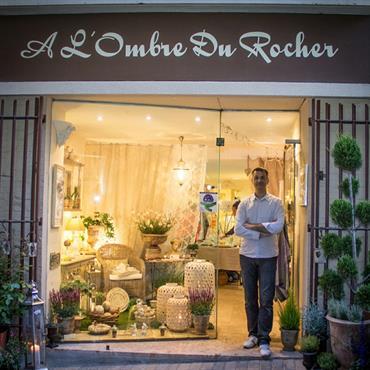 Vous qui aimez entrer dans les boutiques de décoration, qui prenez le temps d'y savourer les ambiances, qui savez dénicher ... Domozoom